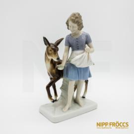 Porcelán, kerámia - Kislány őzzel