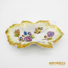 Herendi porcelán - Viktória mintás levél alakú kínáló